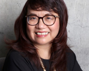 Jolie Phuong Hoang