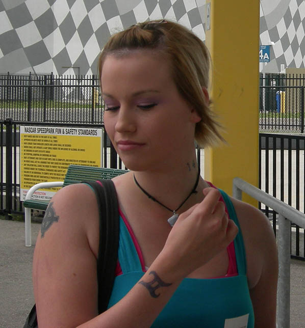 Lauren Manning, aged 19